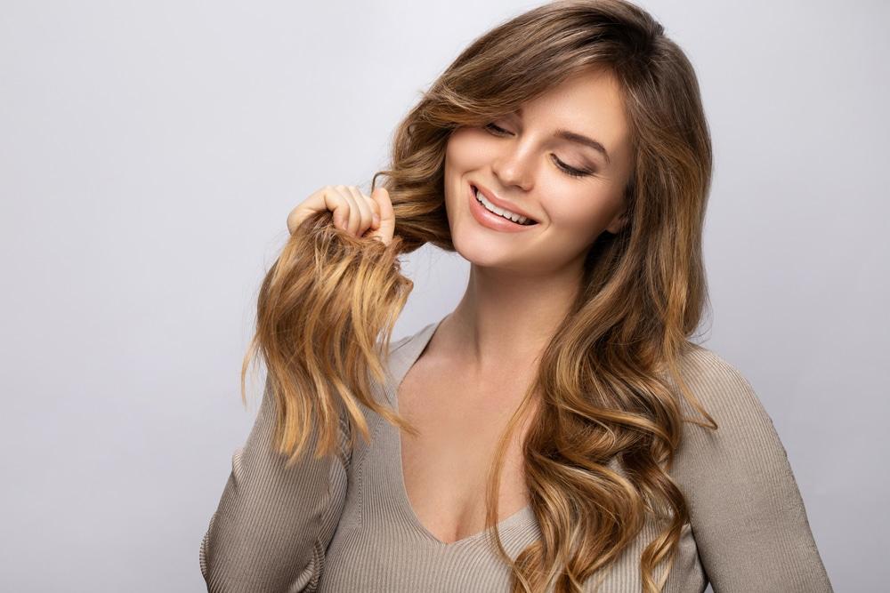 Natürliche Haarverdichtung für ultimative Fülle und volles Selbstbewusstsein - für Frauen in 1010 Wien
