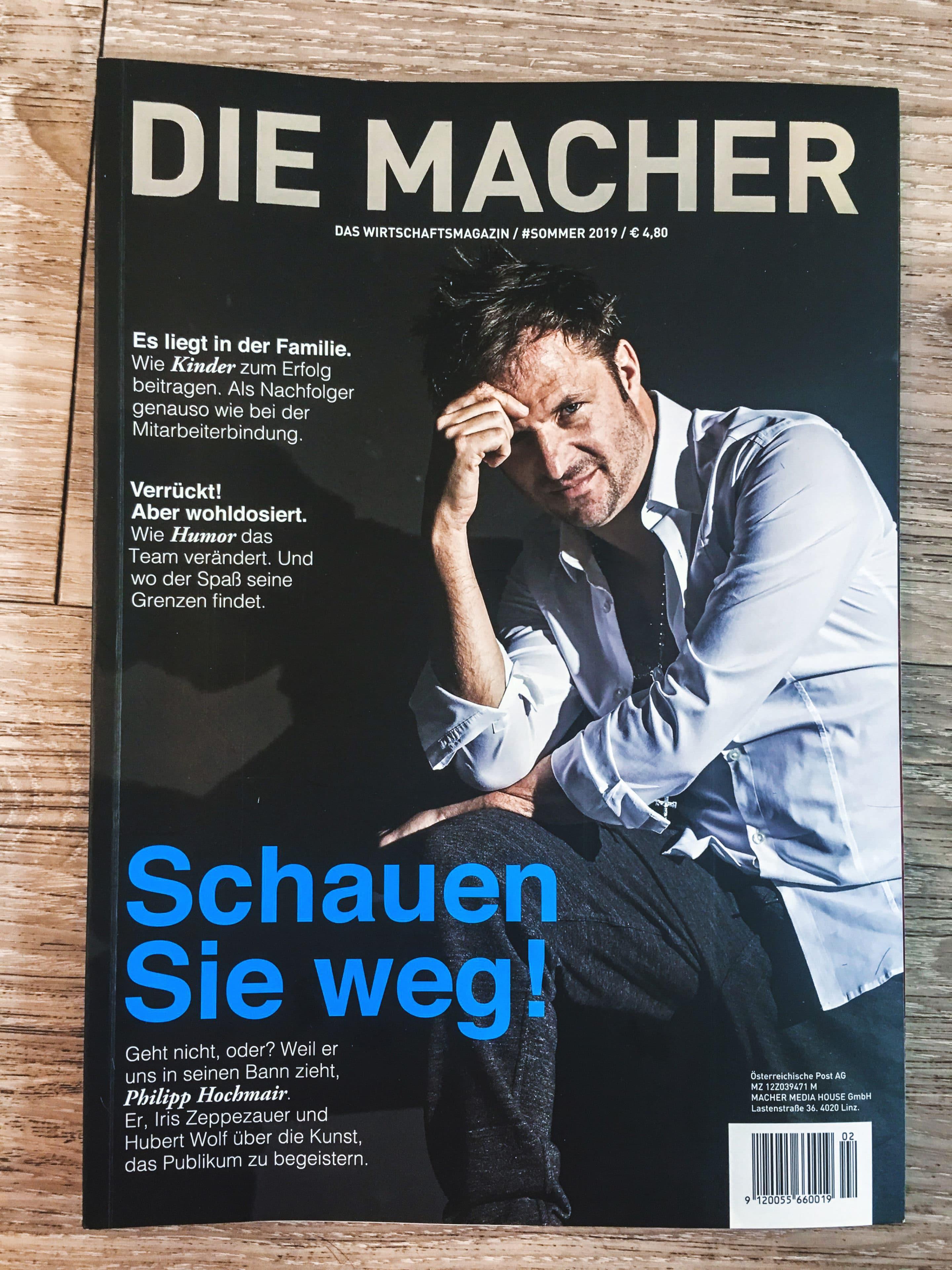 Carola Claudia Staudinger Hair Salon & Spa Wir durften den österreichischen Schauspieler Philipp Hochmair für das Cover vonDie Macher - das Wirtschaftsmagazin stylen.